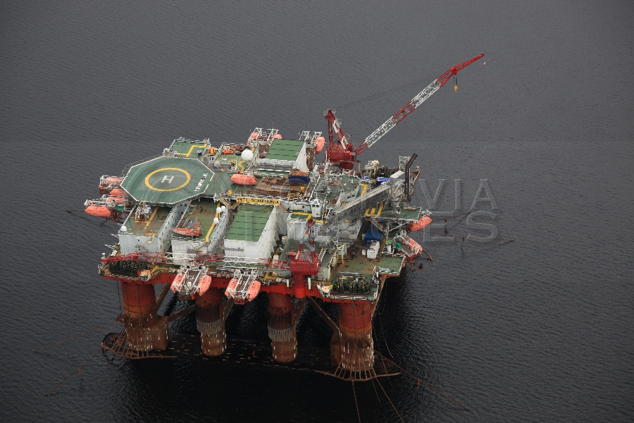 aerial photography scotland oil rig Safe scandanavia
