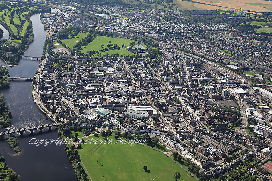 Aerial photography Scotland Perth from above South inch park