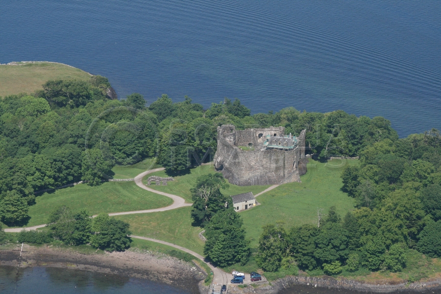 Scottish castles Dunstaffnage castle