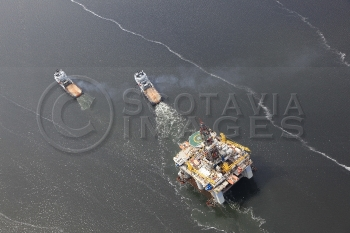 Aerial photography Scotland Wilphoenix tugs oil platform rig
